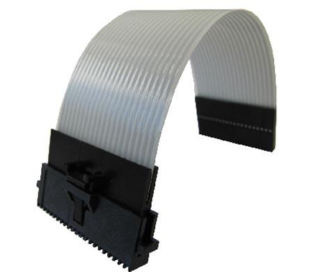 Cables jumpers para aplicaciones con restricciones de espacio