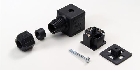 Conectores de válvula para acoplamiento en campo