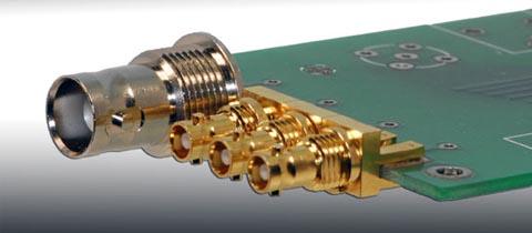 Conectores compactos que amplían la conexión