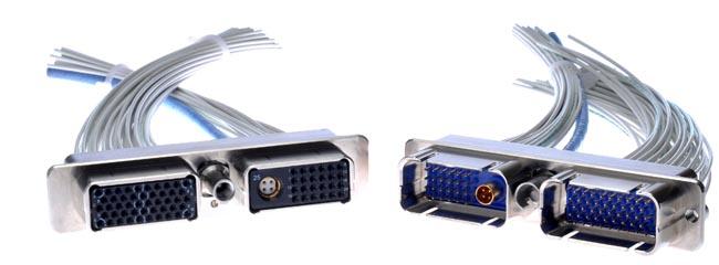 Conectores rectangulares híbridos
