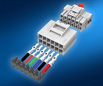 Sistema de conexión con triple bloqueo