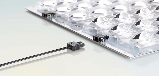 Conectores para usos en iluminación