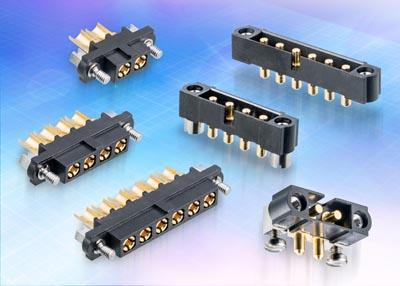 Conectores con contactos de potencia