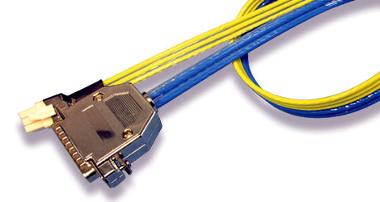 Cable plano con hilos de señal y alimentación integrados