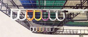 Sistema de gestión de cables por colores