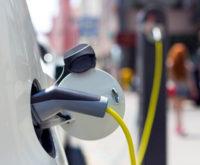 Cables de carga y tomas de corriente para vehículos