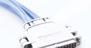 Microconectores para proyectos aeroespaciales