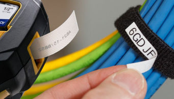 Etiquetas compatibles para marcar mazos de cables
