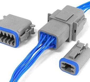 Conectores de alimentación rectangulares para entornos adversos